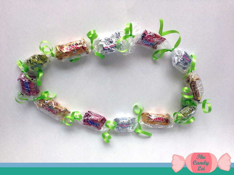 How to Make Candy Leis for Graduation 9