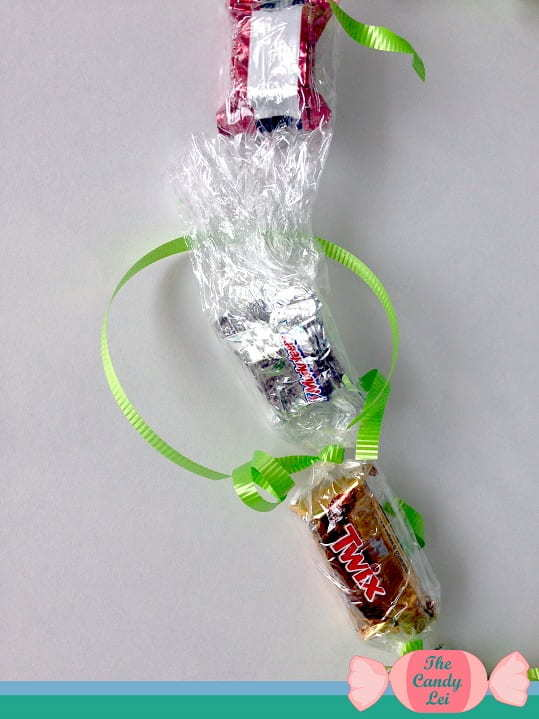 How to Make Candy Leis for Graduation 7
