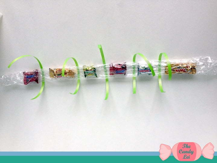 How to Make Candy Leis for Graduation 6