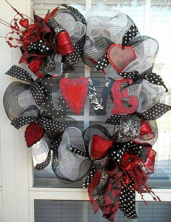 Black and red valentines day wreath