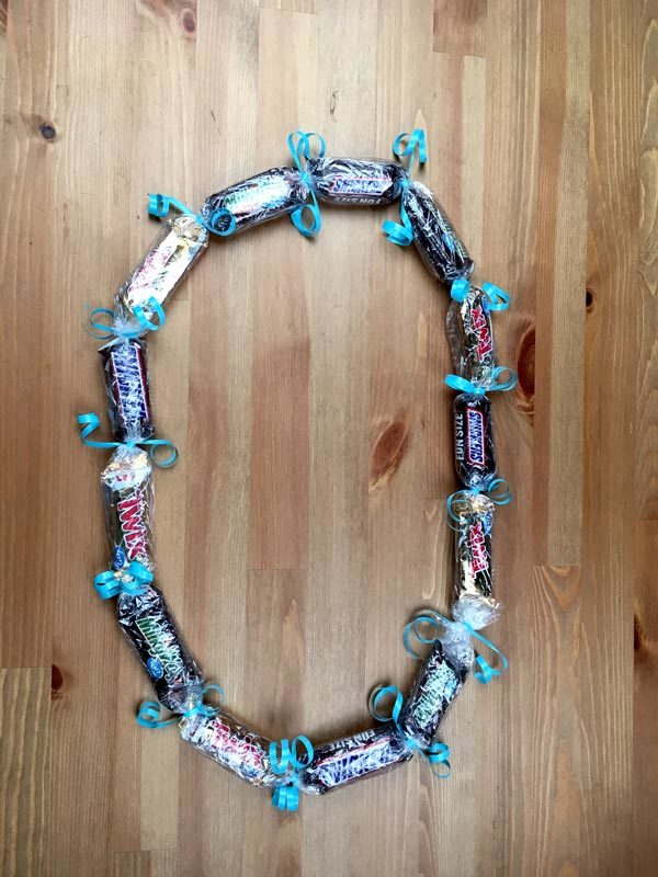 This finished candy graduation lei will have your grad smiling from ear to ear.