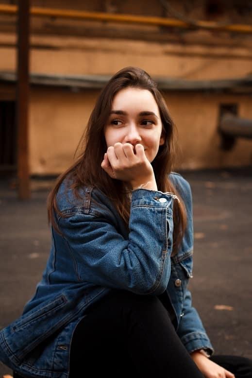 Senior picture pose idea