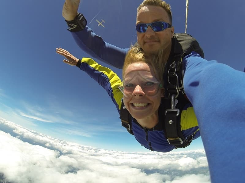 Give the gift of skydiving for graduation